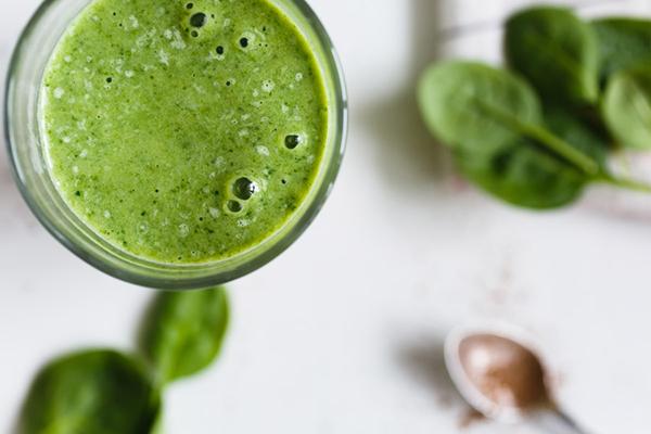 緑黄色野菜やフルーツが臭いを抑えてくれます