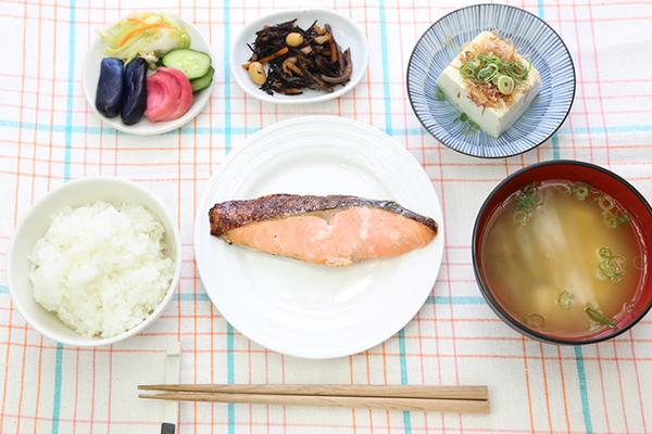 やっぱり日本人には和食!